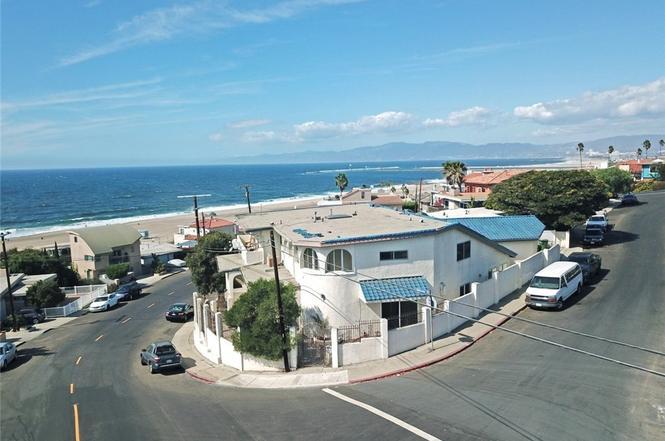 Attorneys Near Playa del Rey