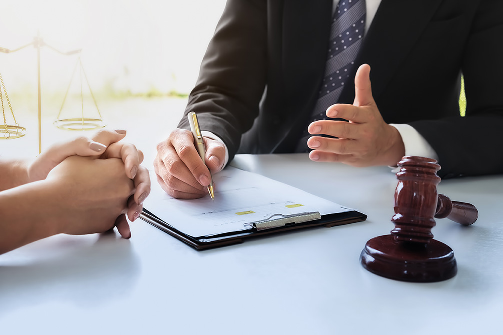 Class Action Lawsuits - Windsor Troy Employment Lawyers