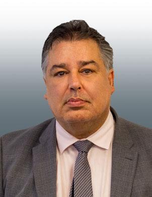 Ramin  Naderi